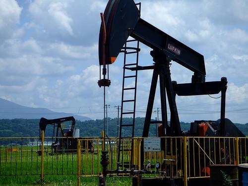 日本の油田